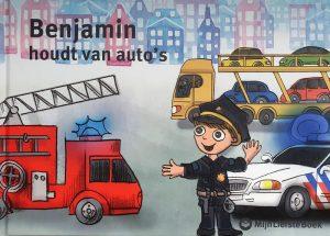 Benjamin houdt van auto's